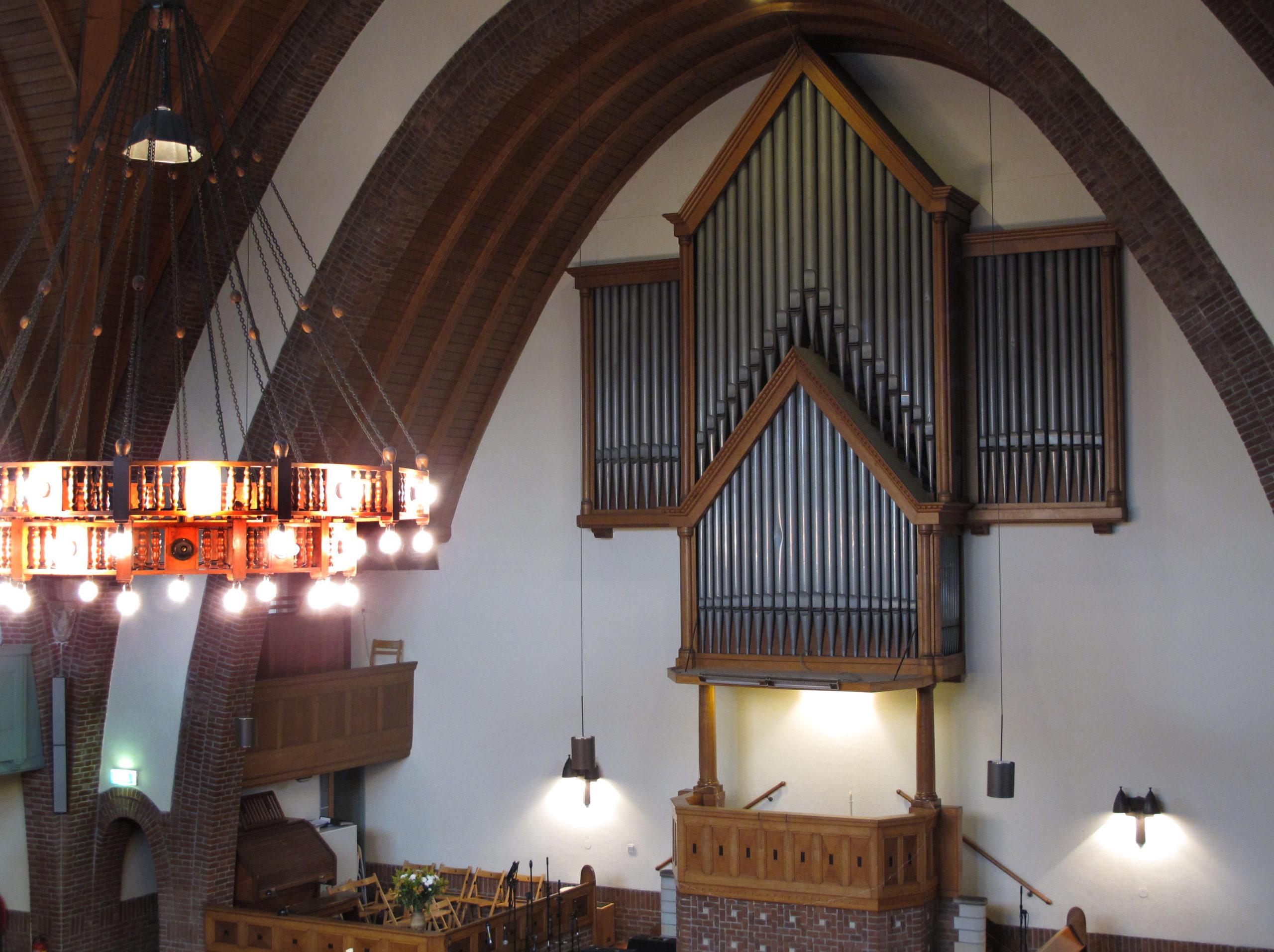 Hervatting kerkdiensten op 5 juli